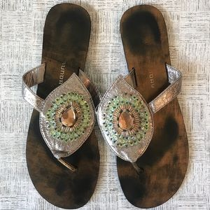 Chinese Laundry Peacock 🦚 Sandals